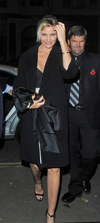 07.NOVEMBER.2012. LONDON<br /> <br /> CAMERON DIAZ ARRIVING AT THE CORINTHIA HOTEL FOR THE AFTER PARTY FOR HER NEW FILM GAMBIT.<br /> <br /> BYLINE: EDBIMAGEARCHIVE.CO.UK<br /> <br /> *THIS IMAGE IS STRICTLY FOR UK NEWSPAPERS AND MAGAZINES ONLY*<br /> *FOR WORLD WIDE SALES AND WEB USE PLEASE CONTACT EDBIMAGEARCHIVE - 0208 954 5968*