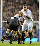 Twickenham, GREAT BRITAIN, James HASKELL with the ball and supported by Matt BANAHAn attempts to get past Keiran READ, during the Investic Challenge Series, England vs New Zealand, Autumn International at Twickenham Stadium, Surrey on Saturday  21/11/2009   [Photo, Peter Spurrier/Intersport-images]