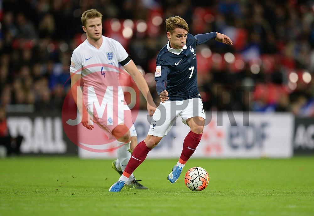 Antoine Griezmann of France  - Mandatory byline: Alex James/JMP - 07966 386802 - 17/11/2015 - FOOTBALL - Wembley Stadium - London, England - England v France - International Friendly