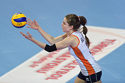 04-01-2016 TUR: European Olympic Qualification Tournament Nederland - Duitsland, Ankara <br /> De Nederlandse volleybalvrouwen hebben de eerste wedstrijd van het olympisch kwalificatietoernooi in Ankara niet kunnen winnen. Duitsland was met 3-2 te sterk (28-26, 22-25, 22-25, 25-20, 11-15) / Yvon Belien #3