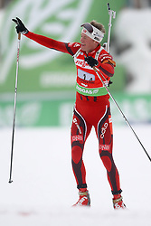 11.12.2011, Biathlonzentrum, Hochfilzen, AUT, E.ON IBU Weltcup, 2. Biathlon, Hochfilzen, Staffel Herren, im Bild Boe Tarjei (Team NOR) winkt seinen Fans auf der Zielgerade // during Team Relay E.ON IBU World Cup 2th Biathlon, Hochfilzen, Austria on 2011/12/11. EXPA Pictures © 2011. EXPA Pictures © 2011, PhotoCredit: EXPA/ nph/ Straubmeier..***** ATTENTION - OUT OF GER, CRO *****