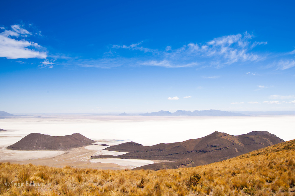 The northern edge of the Salar de Uyuni  on Bolivia's Altiplano has islands surrounded by the world's largest salt flat.