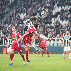 October 25, 2017 - Turin, Piemonte/Torino, Italy - Federico Bernardeschi (Juventus FC) during theSerie A: Juventus FC vs S.P.A.L. 2013 at Allianz Stadium. Juventus wins 4-1. Turin, Italy 25th october 2017 (Credit Image: © Alberto Gandolfo/Pacific Press via ZUMA Wire)