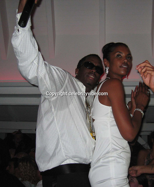**EXCLUSIVE**.P. Diddy, Naomi Campbell, Kim Porter & Mary J. Blige celebrating The New Year at Nikki Beach Restaurant.St. Barth, Caribbean.Wednesday, December, 31, 2003.Photo By Celebrityvibe.com/Photovibe.com...