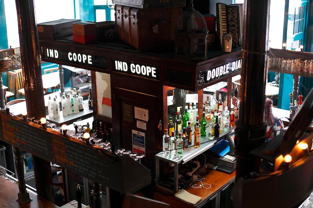4th April 2016. The KPH pub. Ladbroke Grove. London.<br /> <br /> Photo: Zute Lightfoot / lightfoot photo.com