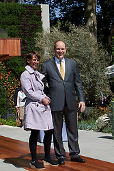 © licensed to London News Pictures. LONDON, UK  23/05/2011. Chelsea Flower Show, Press Day. His Serene Highness Prince Albert II of Monaco with Sarah Eberle. Please see special instructions for usage rates. Photo credit should read Bettina Strenske/LNP