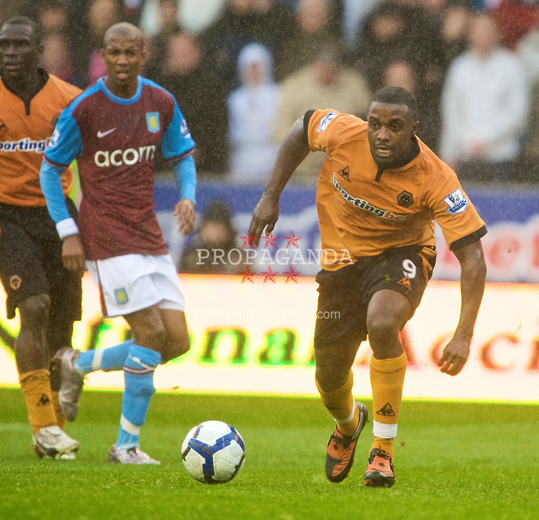 WOLVERHAMPTON, ENGLAND - Saturday, October 24, 2009: Wolverhampton Wanderers' Sylvan Ebanks-Blake in action against Aston Villa during the Premiership match at Molineux. (Photo by David Rawcliffe/Propaganda)