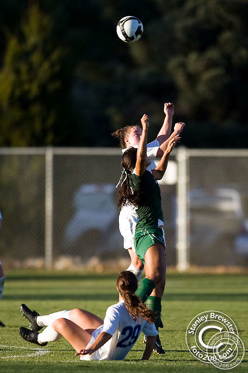 Boise State Soccer defeated Hawaii 2-1 to clinch a berth in the WAC tournament.