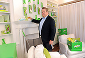 07/23/2014 Swiffer Effect with Eric Stonestreet