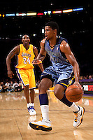 06 November 2009: Forward Rudy Gay of the Memphis Grizzles drives to the basket while being guarded by Kobe Bryant of the Los Angeles Lakers during the first half of the Lakers 114-98 victory over the Grizzles at the STAPLES Center in Los Angeles, CA.