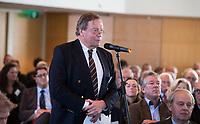 SOESTDUINEN -  Coks Bosman, voorzitter Haagsche. Algemene Ledenvergadering van de NGF (Nederlandse Golf Federatie) met bestuurswisseling. COPYRIGHT KOEN SUYK