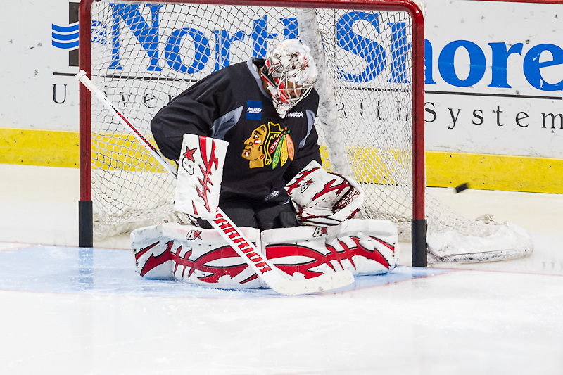 Chicago Blackhawks goalie Ray Emery practicing at the United Center December 29, 2011.