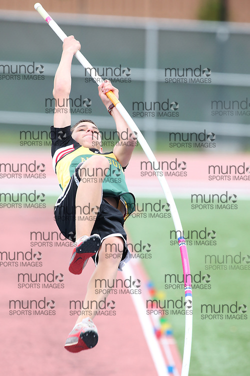 Trevor Kiers of Almaguin Highlands - S. River competes in the junior boys pole vault at the 2013 OFSAA Track and Field Championship in Oshawa Ontario, Thursday,  June 6, 2013.<br /> Mundo Sport Images / Sean Burges
