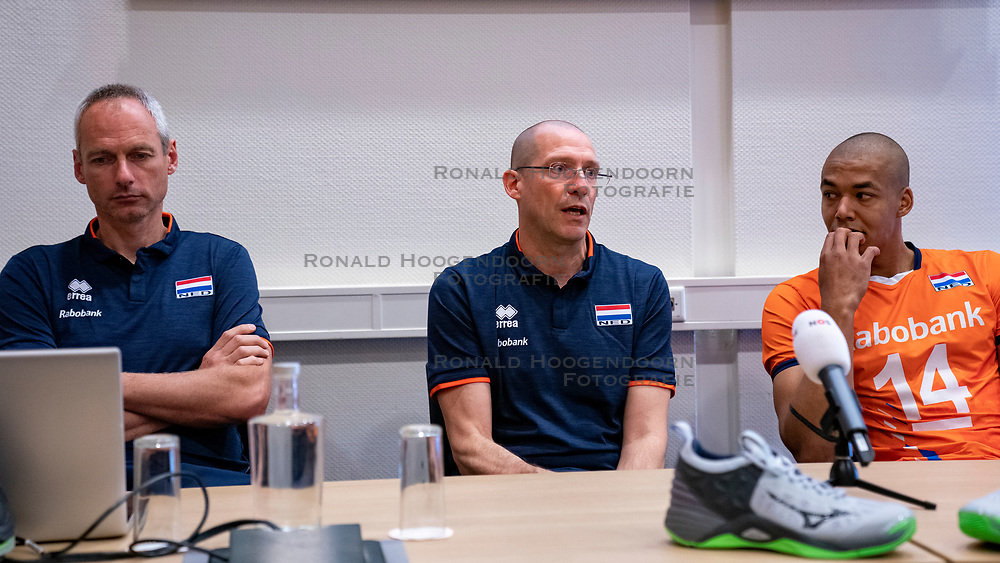 07-05-2019 NED: Press moment national volleyball team Men, Arnhem<br /> Roberto Piazza, the new national coach of the Dutch men's team, gives an overview of the group matches of the Golden European League, the OKT and the European Championship played in their own country / Assistant coach Henk Jan Held, Coach Roberto Piazza, Nimir Abdelazziz #14 of Netherlands