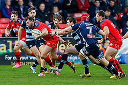 Bristol Rugby Full Back Luke Arscott is challenged by Bedford Blues Flanker Nick Fenton-Wells (capt) - Mandatory byline: Rogan Thomson/JMP - 19/12/2015 - RUGBY UNION - Goldington Road - Bedford, England - Bedford Blues v Bristol Rugby - B&I Cup.