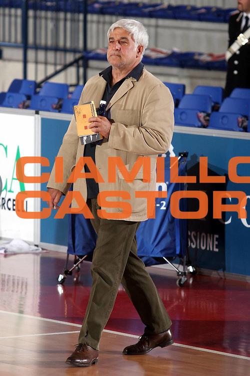 DESCRIZIONE : Biella Lega A1 2005-06 Angelico Biella Vertical Vision Cantu <br />GIOCATORE : Arrigoni<br />SQUADRA : Vertical Vision Cantu<br />EVENTO : Campionato Lega A1 2005-2006<br />GARA : Angelico Biella Vertical Vision Cantu<br />DATA : 14/05/2006<br />CATEGORIA : <br />SPORT : Pallacanestro<br />AUTORE : Agenzia Ciamillo-Castoria/S.Ceretti