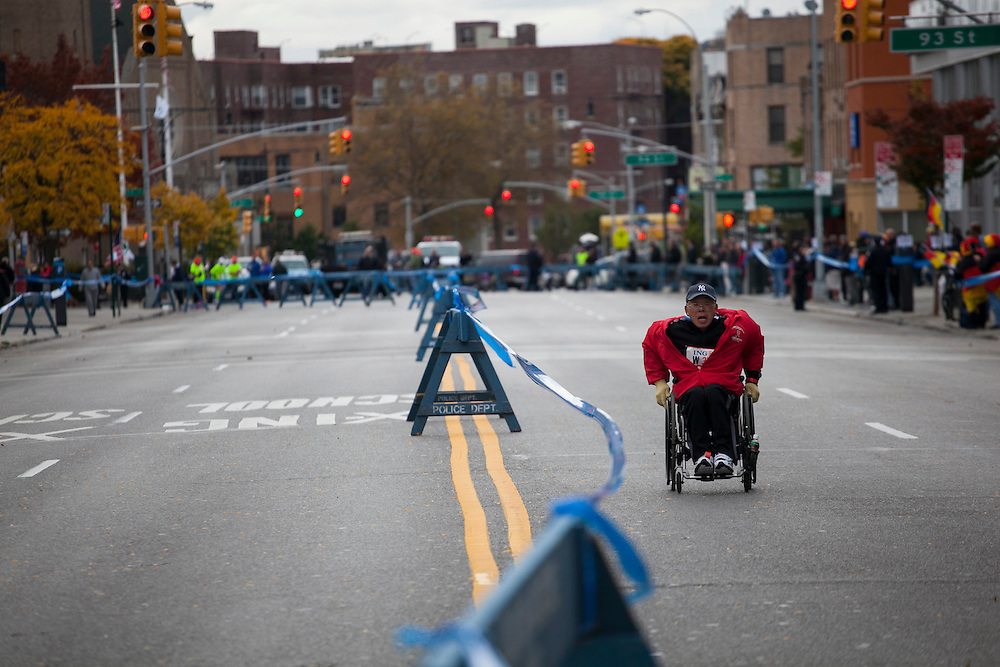 A participant on 4th Ave in the New York City Marathon in Brooklyn, NY on Sunday, Nov. 3, 2013.<br /> <br /> CREDIT: Andrew Hinderaker for The Wall Street Journal<br /> SLUG: NYSTANDALONE
