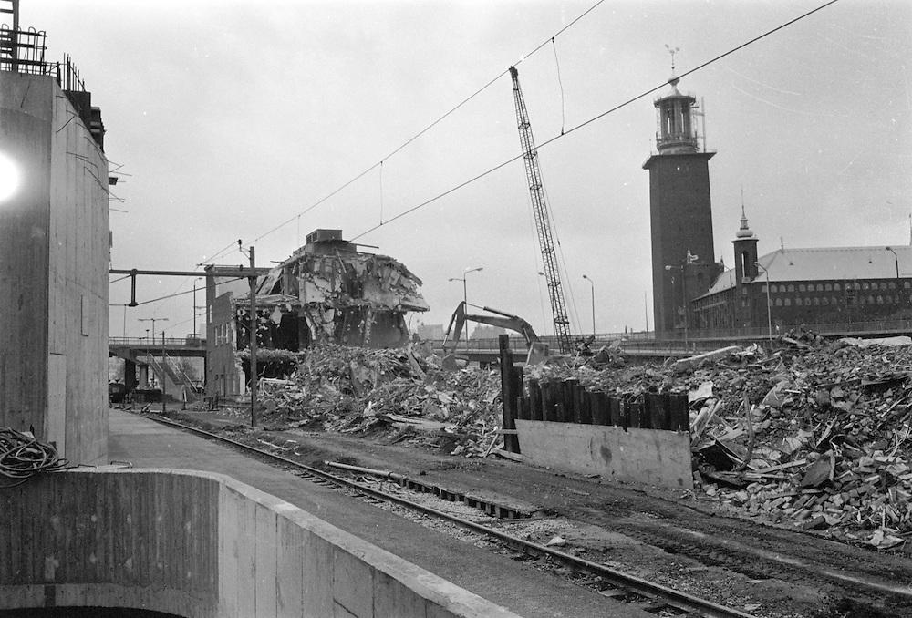 Rivning av Stockholm Ban på Centralen i Stockholm. Spårarbeten för bangårdsombyggnad i det s.k. Stockholmspaket pågår.