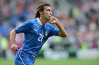 FUSSBALL  EUROPAMEISTERSCHAFT 2012   VORRUNDE Italien - Kroatien                    14.06.2012 Andrea Pirlo (Italien) bejubelt seinen Treffer zum 1:0