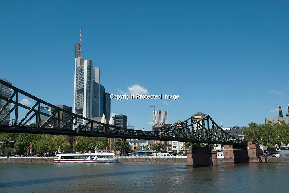 Skyline of Frankfurt, Eiserner Steg Bridge