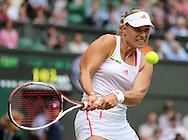 Wimbledon Championships 2012 AELTC,London,.ITF Grand Slam Tennis Tournament, Damen Semi Finale, Angelique Kerber (GER), Aktion,Einzelbild,Halbkoerper,Querformat,.