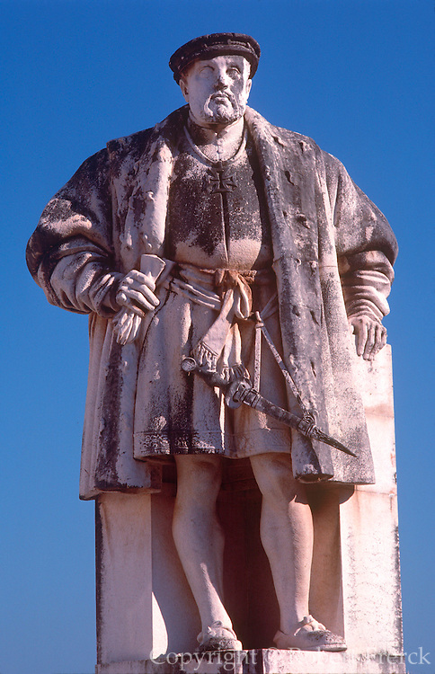 PORTUGAL, CENTRAL REGION Coimbra, ancient capital with University founded in 1290. Statue of Dom Joao III