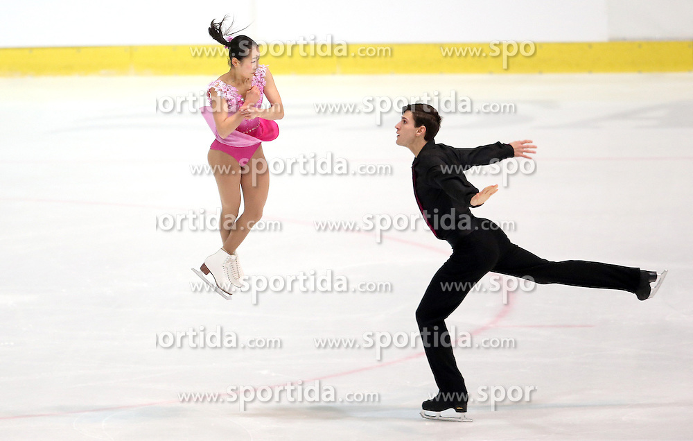 03.12.2015, Dom Sportova, Zagreb, CRO, ISU, Golden Spin of Zagreb, Kurzprogramm, Paare, im Bild Sumire Suto - Francis Boudreau Audet, Japan // during the 48th Golden Spin of Zagreb 2015 Pairs Short Program of ISU at the Dom Sportova in Zagreb, Croatia on 2015/12/03. EXPA Pictures &copy; 2015, PhotoCredit: EXPA/ Pixsell/ Igor Kralj<br /> <br /> *****ATTENTION - for AUT, SLO, SUI, SWE, ITA, FRA only*****