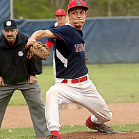 Southwestern's Nikko Pannes on the mound against Fredonia 5-11-16 photo by Mark L Anderson