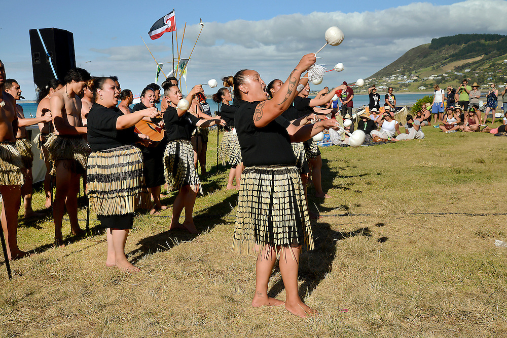 Muriwhenua Kapa Haka taking part in a concert at Shipwreck Bay, Ahipara, protesting at Norwegian firm Statoil's deep sea seismic testing off Northland's west coast, Northland, New Zealand, December 06, 2014. Credit:SNPA / Malcolm Pullman