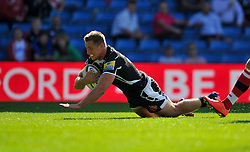 Sam Hill scores a try for Exeter - Photo mandatory by-line: Patrick Khachfe/JMP - Mobile: 07966 386802 06/09/2014 - SPORT - RUGBY UNION - Oxford - Kassam Stadium - London Welsh v Exeter Chiefs - Aviva Premiership