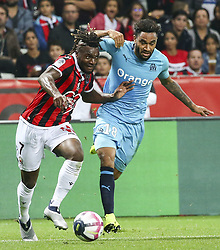 2018?10?22?.    ????????——??????????.    10?21???????????????????????????????.    ????2018-2019???????????????????????1?0?????.    ????????·?????...(SP)FRANCE—NICE-FOOTBALL-LIGUE 1-MARSEILLE VS NICE ..(181022) -- NICE, Oct. 22, 2018  Jordan Amavi (R) of Marseille vies with Allan Saint-Maximin of Nice during the match of French Ligue 1 2018-19 season 10th round between Marseille and Nice in Nice, France on Oct. 21, 2018. Marseille won 1-0 on the visiting field.  49738 (Credit Image: © Serge Haouzi/Xinhua via ZUMA Wire)