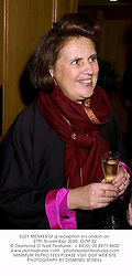 SUZY MENKES at a reception in London on 27th November 2000.OJM 32