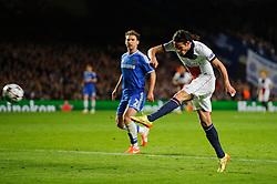 PSG Forward Edinson Cavani (URU) shoots - Photo mandatory by-line: Rogan Thomson/JMP - 07966 386802 - 08/04/2014 - SPORT - FOOTBALL - Stamford Bridge, London - Chelsea v Paris Saint-Germain - UEFA Champions League Quarter-Final Second Leg.