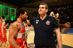 Bristol Flyers head coach, Andreas Kapoulas and Jordan Davis of Bristol Flyers - Photo mandatory by-line: Alex James/JMP - 25/02/2018 - BASKETBALL - Plymouth Pavilions - Plymouth, England - Plymouth Raiders v Bristol Flyers - British Basketball League