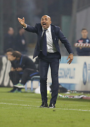 October 21, 2017 - Naples, Campania/Napoli, Italy - Italy- Naples October 21, 2017 A-Serie A football match at the San Paolo Stadium between Naples and Inter..That night they met the first two teams of high class Napoli who is in first place and Inter at second..Already the soccer experts speak of scudetto racing in Italy.Naples..Naples:.Inter: Mister Spalletti (Credit Image: © Fabio Sasso/Pacific Press via ZUMA Wire)