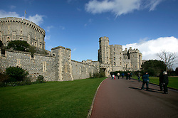 UK ENGLAND BERKSHIRE WINDSOR 2APR06 - Exterior view of Windsor Castle, residence of HM The Queen Elizabeth II. Windsor Castle is an official residence of The Queen and the largest occupied castle in the world. A Royal home and fortress for over 900 years, the Castle remains a working palace today...jre/Photo by Jiri Rezac..© Jiri Rezac 2006..Contact: +44 (0) 7050 110 417.Mobile:  +44 (0) 7801 337 683.Office:  +44 (0) 20 8968 9635..Email:   jiri@jirirezac.com.Web:    www.jirirezac.com..© All images Jiri Rezac 2006 - All rights reserved.