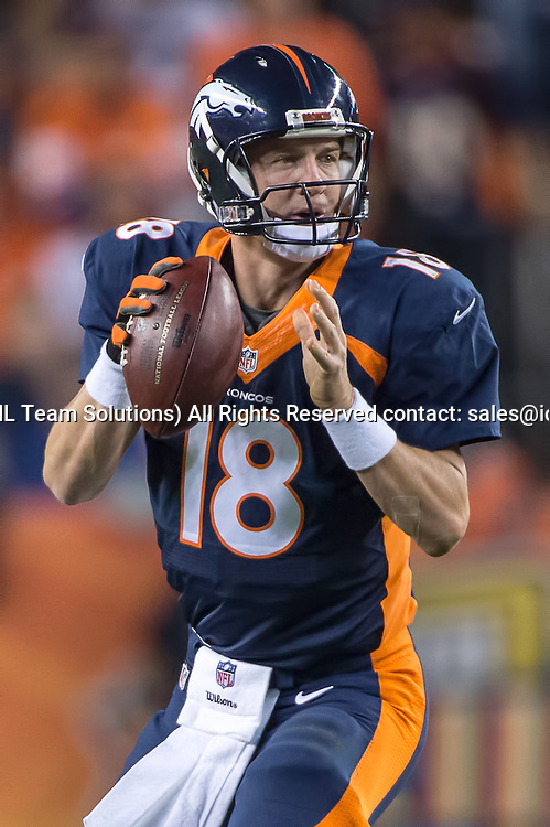 19 October 2014:  Denver Broncos Quarterback Peyton Manning (18) [2982] in action during a game between the San Francisco 49ers and the Denver Broncos at Sports Authority Field at Mile High, in Denver, CO.