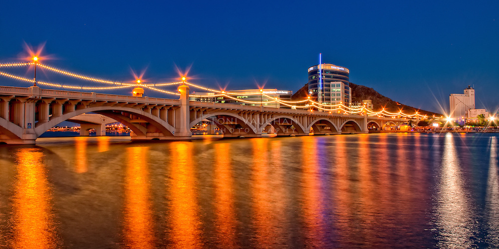 Night shot of Mill Ave Bridge over Temeo Town Lake