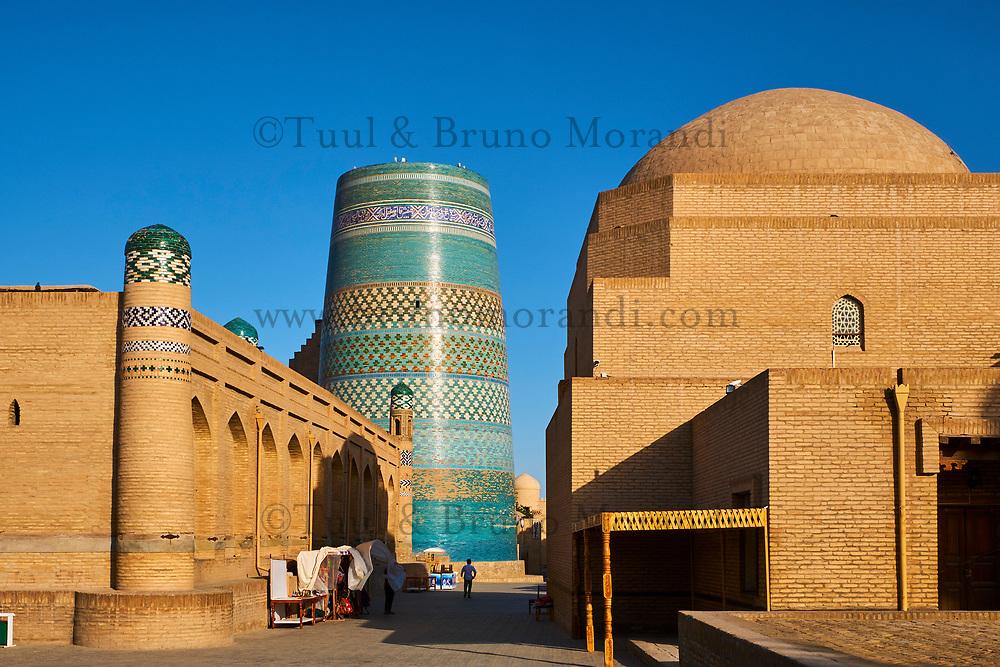 Ouzbekistan, Khiva, patrimoine mondial de l UNESCO, minaret innacheve kalta Minar // Uzbekistan, Khiva, Unesco World Heritage, Kalta Minar