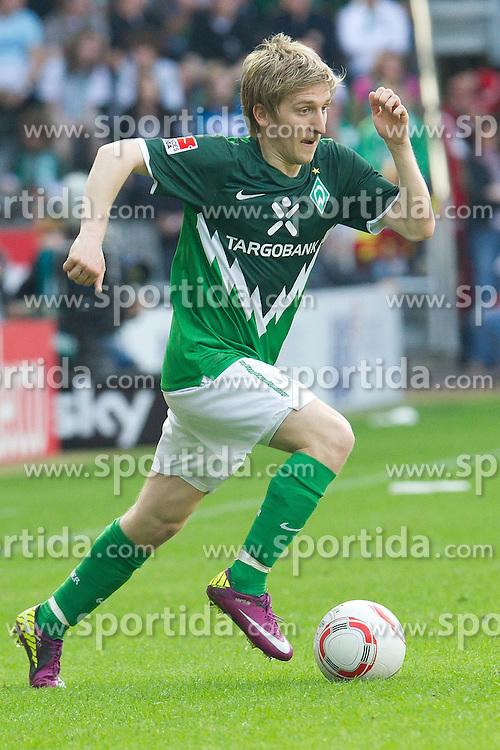 02.04.2011, Weserstadion, Bremen, GER, 1.FBL, Werder Bremen vs VFB Stuttgart, im Bild   Marko Marin ( Werder #10 )  EXPA Pictures © 2011, PhotoCredit: EXPA/ nph/  Kokenge       ****** out of GER / SWE / CRO  / BEL ******