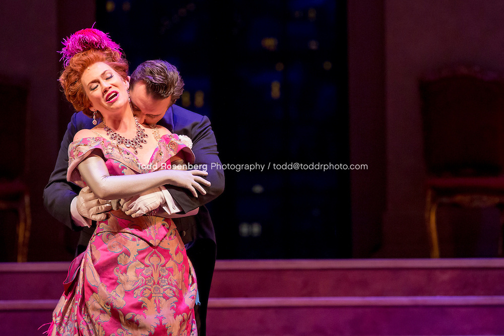 11/11/15 1:35:25 PM -- <br /> The Lyric Opera of Chicago Presents<br /> &quot;The Merry Widow&quot;<br /> Renee Fleming<br /> <br /> &copy; Todd Rosenberg Photography 2015