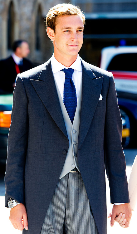 21-09-2013 - Saint-Maximin-La-Sainte-Baume - Pierre Casiraghi and girlfriend Beatrice Borromeo  . Prince Felix of Luxembourg (R) and his wife German student Claire Lademacher leave the church after their religious wedding ceremony on September 21, 2013 at the Saint Mary Magdalene Basilica in Saint-Maximin-La-Sainte-Baume, southern France.  COPYRIGHT ROBIN UTRECHT
