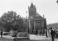 American President Richard Nixon's Motor Cavalcade passing by Christ Church Cathedral, The Egg throwing incident, circa October 1970 (Part of the Independent Newspapers Ireland/NLI Colection).