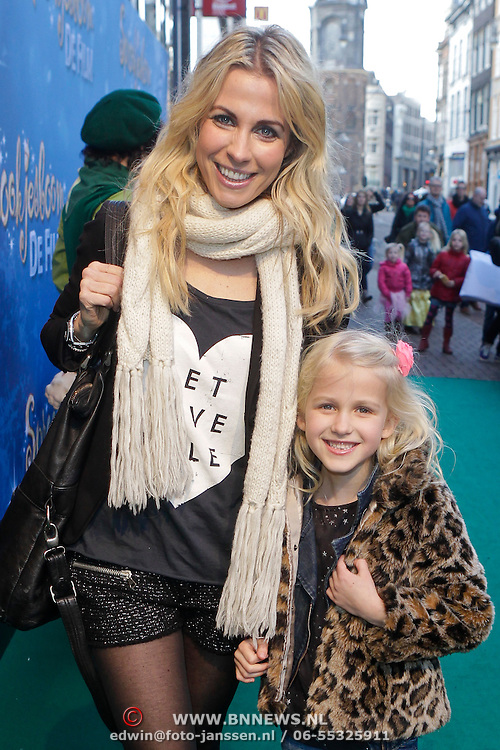 NLD/Amsterdam/20120219 - Premiere Sprookjesboom de Film, Vivian Reys en dochter Day