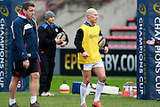 Peter Stringer warms up for Bath. Stade Toulousain v Bath, European Champions Cup 2015, Stade Ernest Wallon, Toulouse, France, 18th Jan 2015.