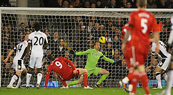 05.12.2011, Craven Cottage Stadion, London, ENG, PL, FC Fulham vs FC Liverpool, 14. Spieltag, im Bild Liverpool's Andy Carroll is denied a goal by Fulham's goalkeeper Mark Schwarzer during the football match of English premier league, 14th round, between FC Fulham and FC Liverpool at Craven Cottage Stadium, London, United Kingdom on 05/12/2011. EXPA Pictures © 2011, PhotoCredit: EXPA/ Sportida/ David Rawcliff..***** ATTENTION - OUT OF ENG, GBR, UK *****