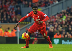 LIVERPOOL, ENGLAND - Sunday, January 17, 2016: Liverpool's Kolo Toure in action against Manchester United during the Premier League match at Anfield. (Pic by David Rawcliffe/Propaganda)