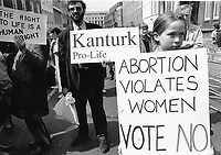 Pro-Life Supporter outside Dail. Sunday Tribune. 5/5/92. (Part of the Independent Newspapers Ireland/NLI Collection)
