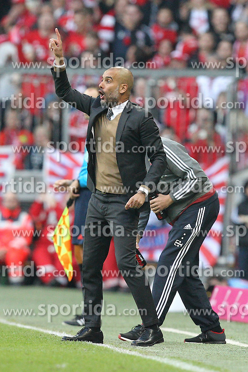 04.10.2015, Allianz Arena, Muenchen, GER, 1. FBL, FC Bayern Muenchen vs Borussia Dortmund, 8. Runde, im Bild Trainer Pep Guardiola (FC Bayern Muenchen) // during the German Bundesliga 8th round match between FC Bayern Munich and Borussia Dortmund at the Allianz Arena in Muenchen, Germany on 2015/10/04. EXPA Pictures &copy; 2015, PhotoCredit: EXPA/ Eibner-Pressefoto/ Kolbert<br /> <br /> *****ATTENTION - OUT of GER*****