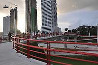 Rampa peatonal en La Cinta Costera, Av. Balboa. Panamá City.©Victoria Murillo/Istmophoto.com